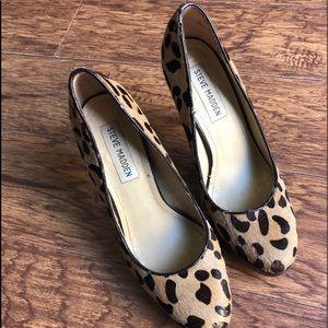 Steve Madden 4in leopard heels